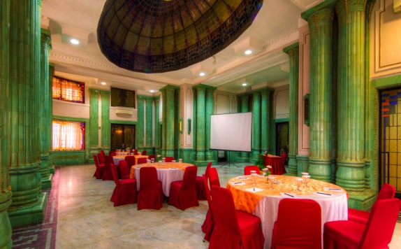 interior di Semesta Hotel and Convention