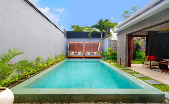 Swimming Pool di Seminyak Icon