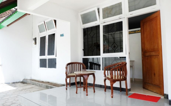 Eksterior di Simply Homy Guest House Gembiraloka
