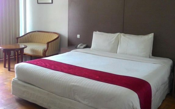 Deluxe Double Bed di Sinabung Hotel
