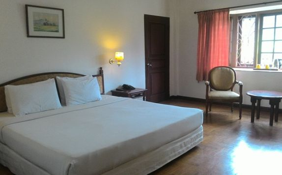 guest room di Sinabung Hotel