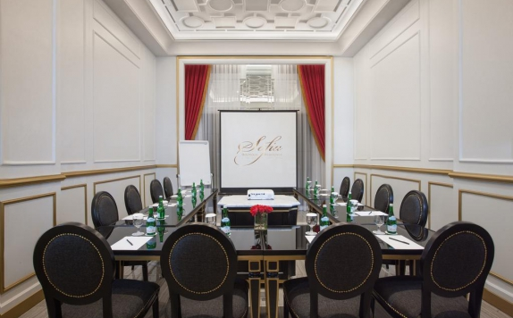 Meeting Room di Sofia Boutique Residence