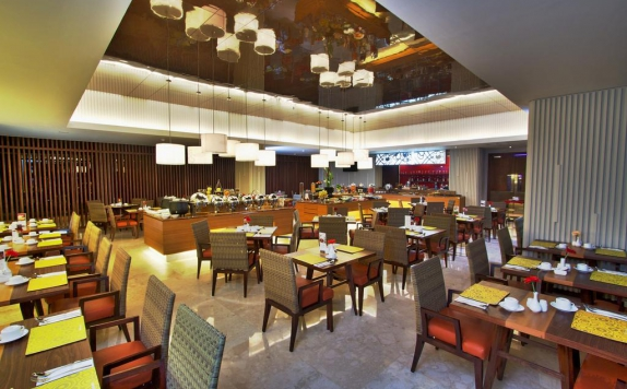 Restaurant di Soll Marina Hotel & Conference Center Bangka