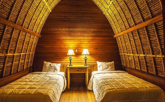 Guest room Twin Bed di Sukanusa Luxury Huts
