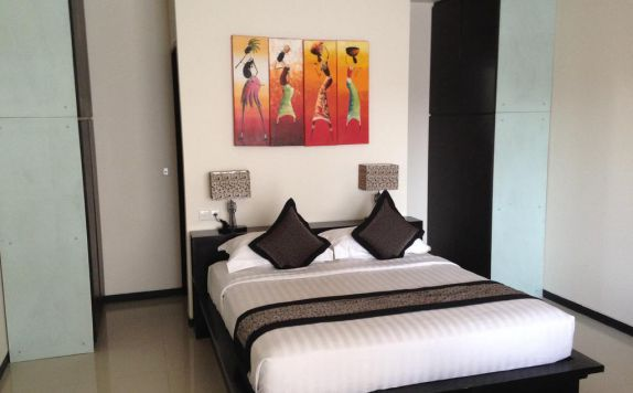 guest room di The Sunset Mansion Seminyak