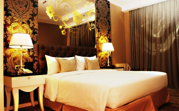 Double bed di Sutan Raja Hotel and Convention Centre