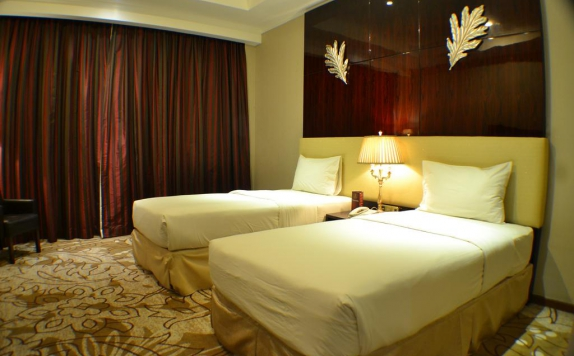 Twin bed di Sutan Raja Hotel and Convention Centre