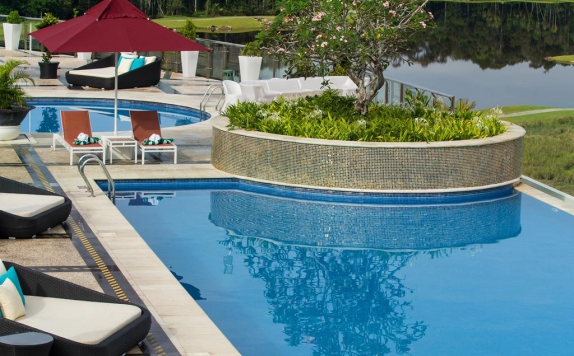 Swimming Pool di Swiss-Belhotel Lagoi Bay