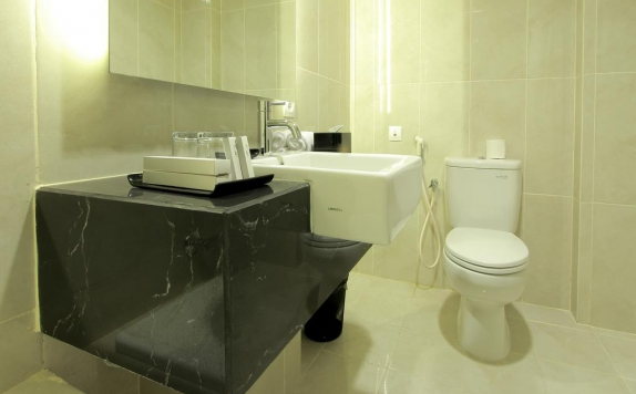 Bathroom di Swiss-Belinn Malang