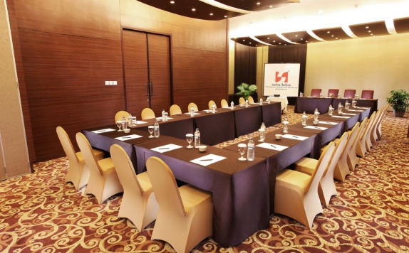 meeting room di Swiss-Belinn Pangkalan Bun