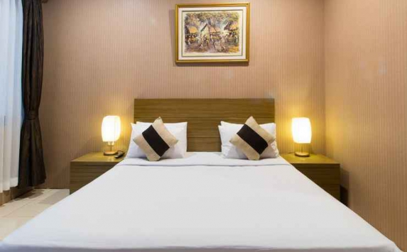 Double bed di Takashimaya Hotel