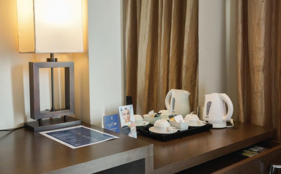 amenities di The Akmani Hotel