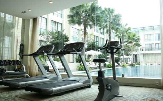Gym di The Aryaduta Hotel Medan