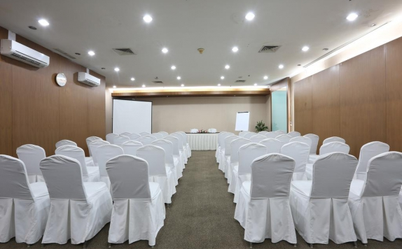 Meeting room di The Aryaduta Suites Hotel Semanggi