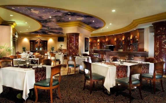 Restaurant di The Aryaduta Suites Hotel Semanggi