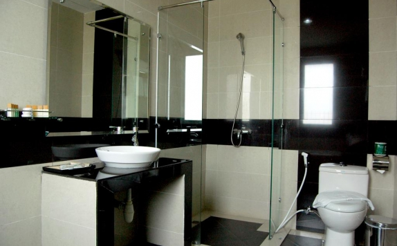 Bathroom di The BCC Hotel
