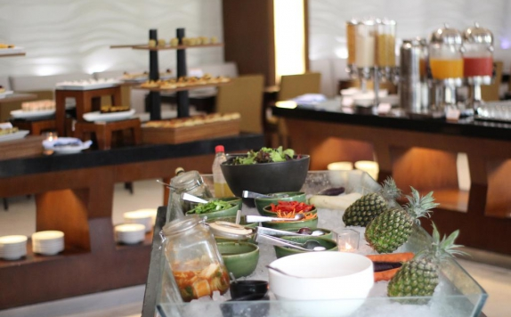 food and beverages di The Golden Tulip Jineng Resort Bali
