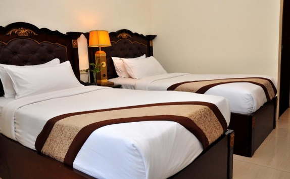 guest room di The Grand Palace Malang