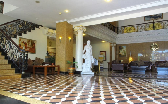 Interior di The Grand Palace Malang