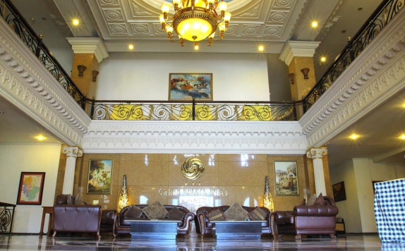 Lobby di The Grand Palace Malang