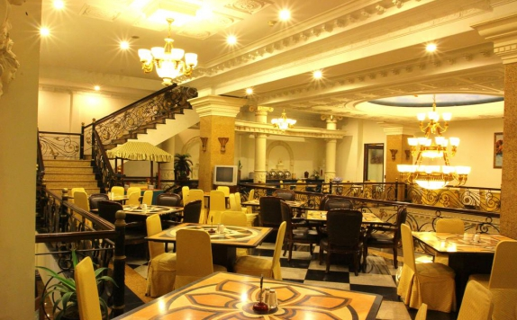restaurant di The Grand Palace Malang
