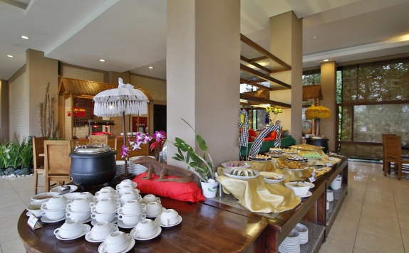 food and beverages di The Jayakarta Suite - Komodo Flores