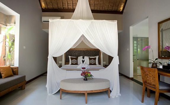 Room di The Lokha Ubud