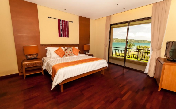 Guest room di The Natsepa Resort & Conference Center