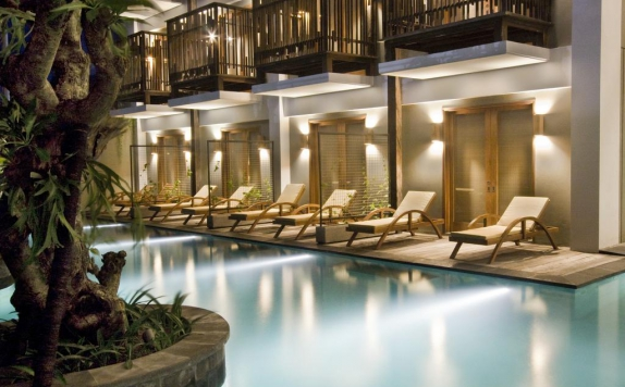 Swimming Pool di The Oasis Lagoon Sanur