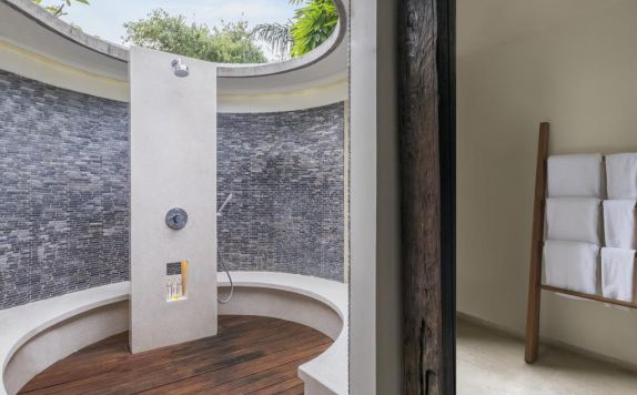 bathroom di The Purist Villas