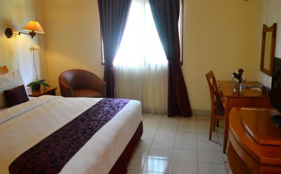 Guest Room di The Royale Krakatau Hotel