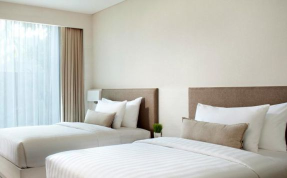 guest room twin bed di The Stones Hotel