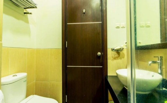 Bathroom di The Summit Siliwangi
