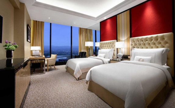 Guest Room di The Trans Luxury Hotel