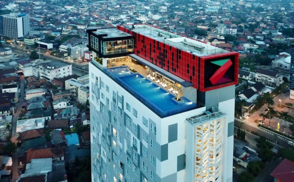 Eksterior di The Zuri Hotel and Convention Palembang