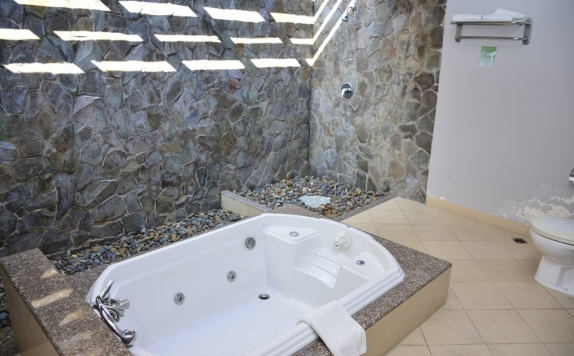 Bathroom di Town House Hotel & Residence