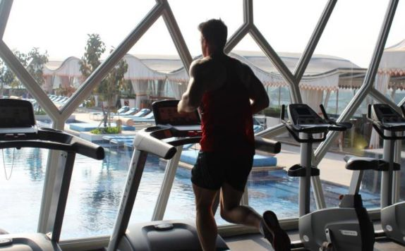 Gym di TS Suites Leisure Seminyak