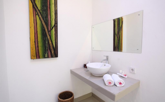 bathroom di Ubad Retreat