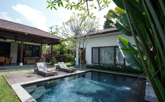 swimming pool di Ubud Raya Resort