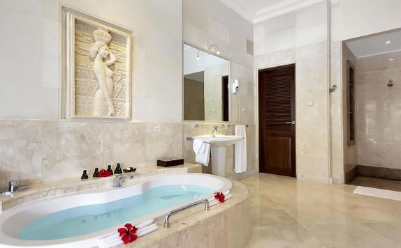 bathroom di Viceroy Bali