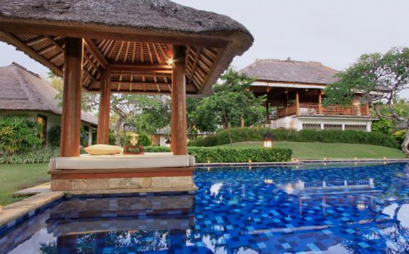 swimming pool di Villa Hanani
