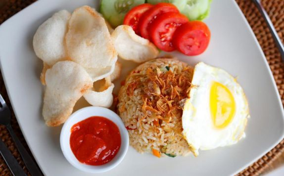 Food and Beverages di Villa Kayu Lama