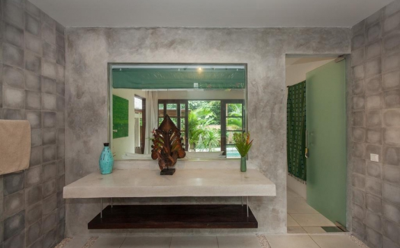 Bathroom di Villa Liang