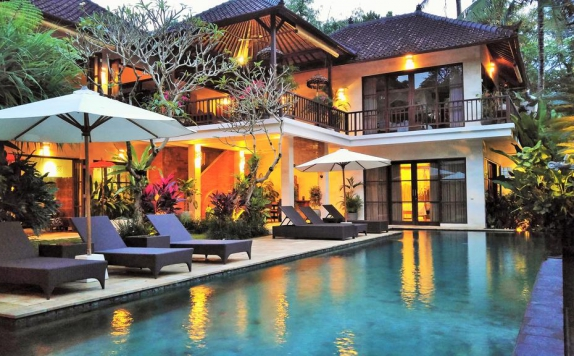 Swimming Pool di Villa Saraswati