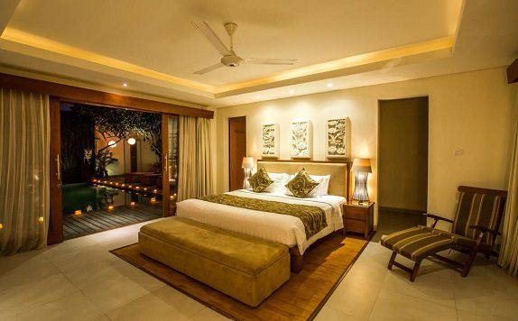 Double Bed di Villa Seriska Dua