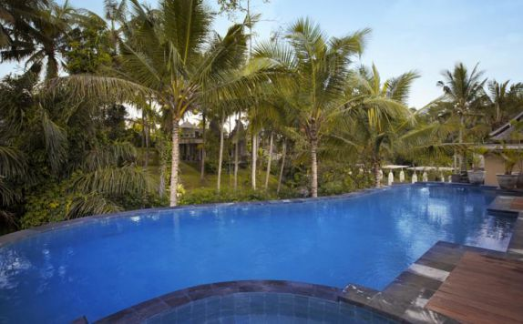 Swimming Pool di Wapa di Ume Resort & Spa