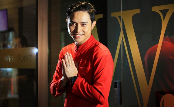 Receptionist di West Point Hotel Bandung