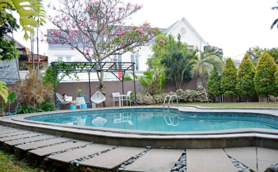 Swimming Pool di W Home Cipete Selatan