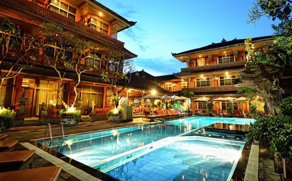 Swimming Pool di Wina Holiday Villa