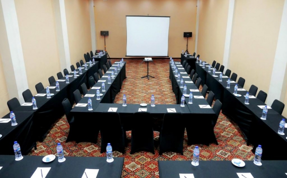 Meeting Room di Yasmin Karawaci Hotel